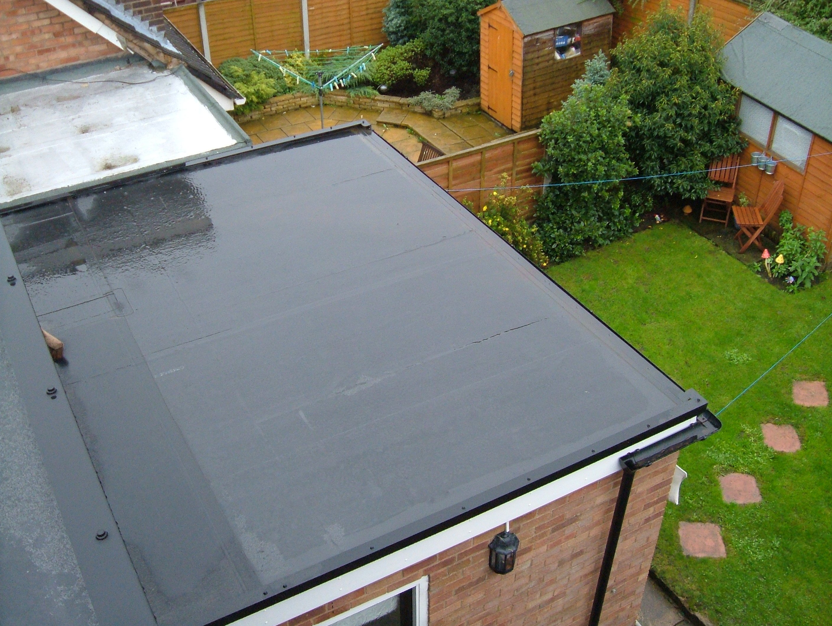 Home commercial grade flat roof rubber roofing systems for Roofing material options